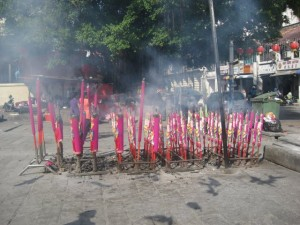 Chinese-new-year-Weihrauch-Penang