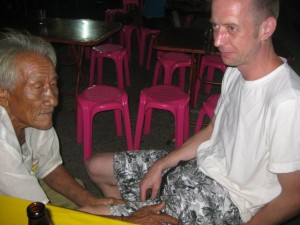 Krabi-tai-massage-linker Oberschenkel-9