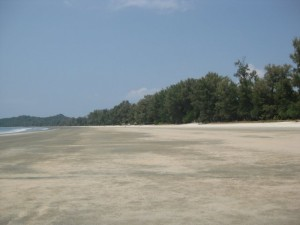 Koh_Phayam-ao-yai-low-tide