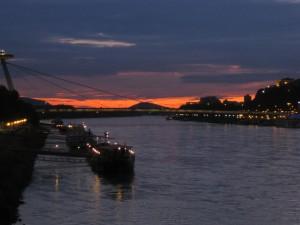 Sonnenuntergang Bratislava